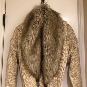 ( BRAND NEW! ) BROWN SWEATER REMOVAL FUR, LARGE